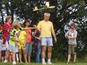 2002 - Erster Durchgang des Schülerwettbewerbs.