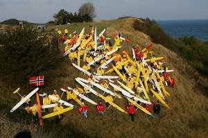 2004 - Viking Race 2004 auf Rügen. Mannschaft am Hang versammelt.