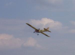 2004 - Flugtag Rakvice. Oldtimer im Überflug