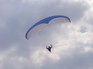 2004 - Flugtag Rakvice. Paragleiter.