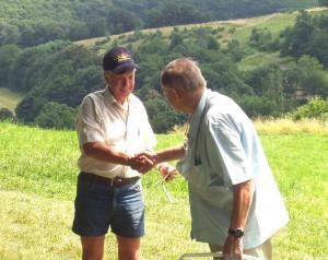 2006.07.09 - Robert Dürrmoser bedankt sich bei Anton Richter für die langjährige Freunschaft.