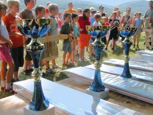 Schauflugtag 2009 - Die Pokale warten geduldig