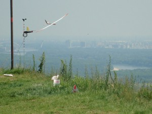 22.5.2011 1. Fliegen am Braunsberg - Südseite Vorbeiflug