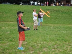 23.6.2011 1. Ziellanden 2. Klubcup - Benedikt beim Fliegen